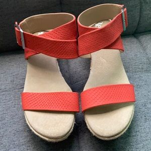 Reba New without tags wedges size 6M